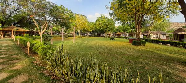 accommodation-lawn
